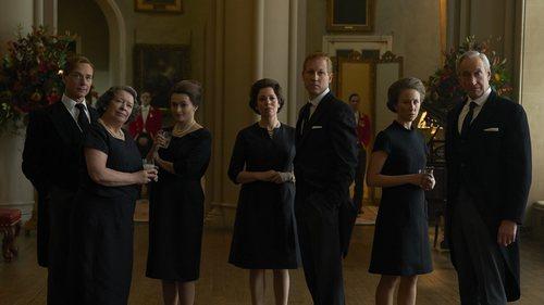 La familia real en la tercera temporada de 'The Crown'