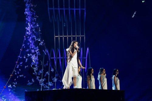 Melani junto a sus coristas en el segundo ensayo de Eurovisión Junior 2019