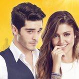 Imagen promocional de 'Hayat: Amor sin palabras' con Hande Erçel y Burak Deniz