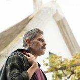 Conrado (Roberto Enríquez) en la segunda temporada de 'El embarcadero'