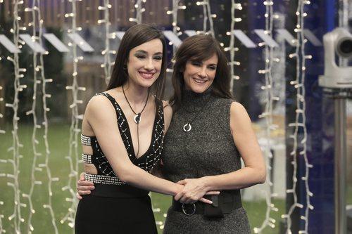 Adara junto a su madre, Helena, en la Gala 15 de 'GH VIP 7'