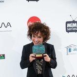 Anna R. Costa muerde el Premio Dama a Mejor Comedia de los 'Premios MiM 2019'