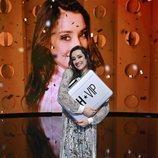Adara, abrazada al maletín de 'GH VIP 7' en la Gala Final