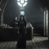 Yennefer (Anya Chalotra), la hechicera de 'The Witcher'