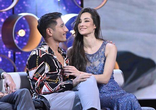 Gianmarco Onestini y Adara Molinero, cercanos durante el Debate Final de 'GH VIP 7'