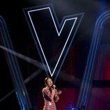 Irene Gil, ganadora de 'La Voz Kids 5' en Antena 3, cantando en la final