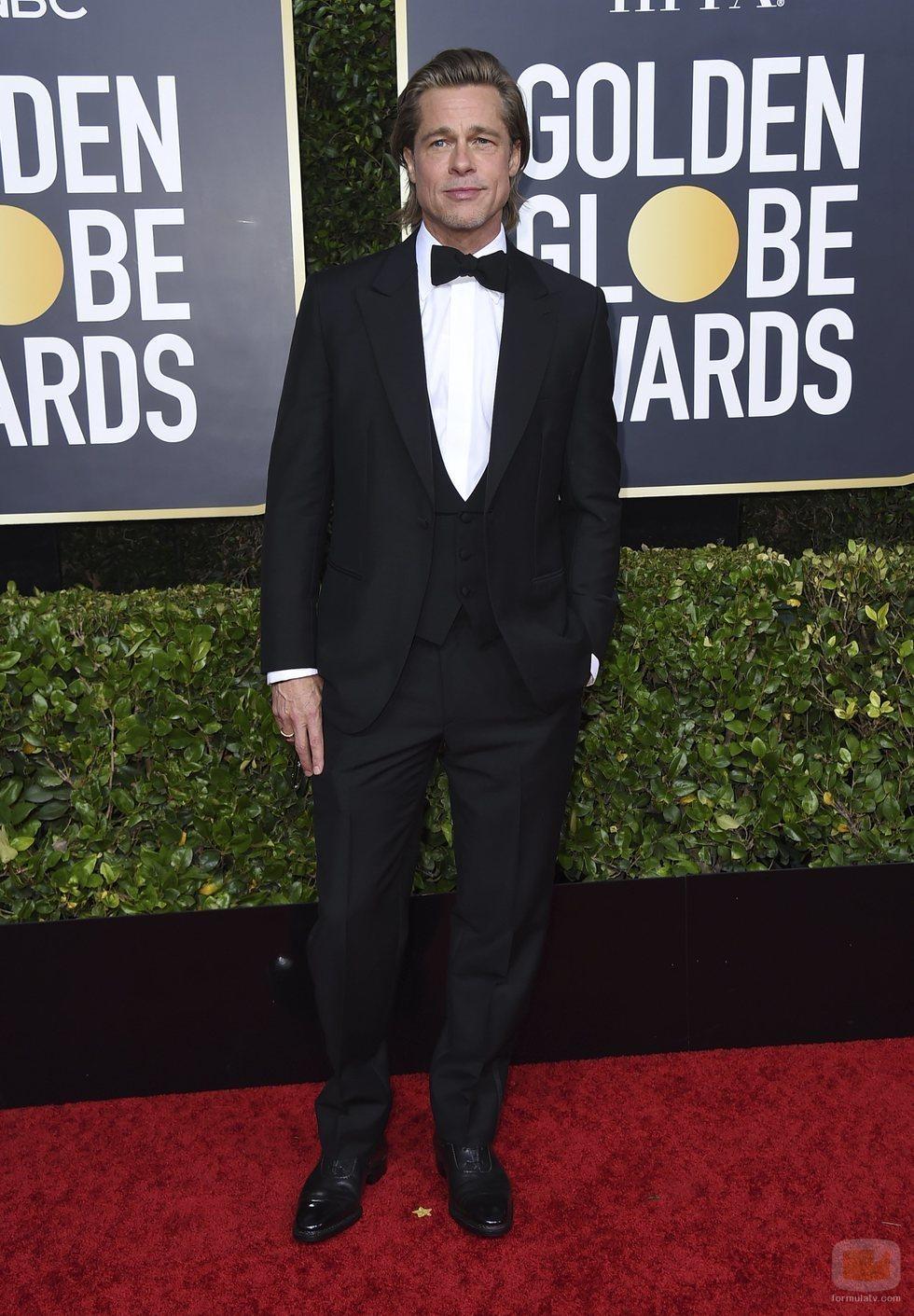 Brad Pitt en la alfombra roja de los Globos de Oro 2020