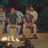 Gonzalo, Álex, José, Christofer e Ismael, en la ceremonia de la hoguera de 'La isla de las tentaciones'