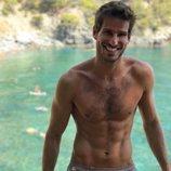 Cesc Escolà ('OT 2020'), posa semidesnudo y luce abdominales