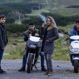 Un grupo de adolescentes en 'Néboa'