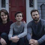 Michelle Dockery, Jaeden Martell y Chris Evans en 'Defending Jacob'