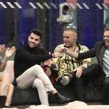 Nuria Martínez, Pol Badía, Dinio y Hugo Castejón en 'El tiempo del descuento'