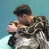 Gianmarco besa a Adara en la Gala 2 de 'El tiempo del descuento'