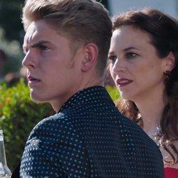 Daniel Arteaga y Berta Moliner, sorprendidos en el 2x01 de 'Vivir sin permiso'