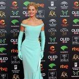 Belén Rueda posa en la alfombra roja de los Premios Goya 2020
