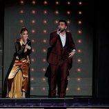 Ana Mena y Rayden cantan en los Premios Goya 2020