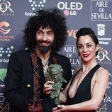 Aria Malikian y Natalia Moreno con su Premio Goya  2020 a Mejor Película Documental