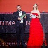 Pepón Nieto y Ester Expósito en la gala de los Premios Goya 2020