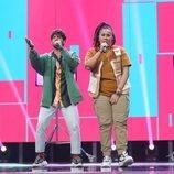 Rafa y Eli cantando en la Gala 2 de 'OT 2020'