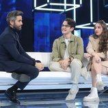Roberto Leal junto a Flavio y Eva en la Gala 2 de 'OT 2020'