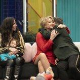 Anabel Pantoja, Maestro Joao y Mila Ximénez en la Gala 3 de 'El tiempo del descuento'