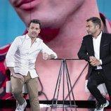 Jorge Javier Vázquez entrevista a Hugo Castejón en la Gala 3 de 'El tiempo del descuento'