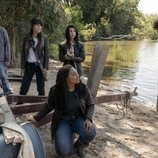 Silas, Huck, Hope, Iris y Elton en 'The Walking Dead: World Beyond'