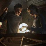 Tyler y Kinsey en 'Locke & Key'
