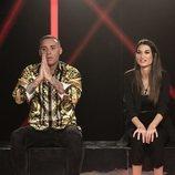 Dinio García y Estela Grande en la sala de expulsión de la Gala 4 de 'El tiempo del descuento'