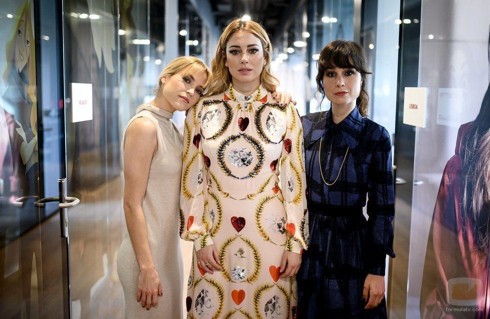 Ana Fernández, Blanca Suárez y Nadia de Santiago, protagonistas de 'Las chicas del cable'