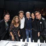 Manel Fuentes, el jurado y Sergio Dalma en la Gala 5 de 'Tu cara me suena 8'