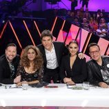 Manel Fuentes y el jurado en la Gala 5 de 'Tu cara me suena 8'