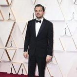 Leonardo Di Caprio posa en la alfombra roja de los Oscar 2020