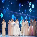"""Gisela canta con Idina Menzel y el resto de """"Elsas"""" en la ceremonia de los Oscar 2020"""
