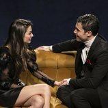 Kiko y Estela conversan en la Gala 5 de 'El tiempo del descuento'