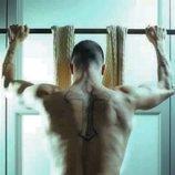 Rubén de 'La isla de las tentaciones' se desnuda para mostrar su espalda tatuada