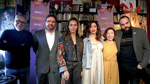 El equipo de '#Luimelia' posa en la rueda de prensa