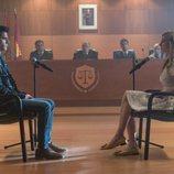 Polo y Carla en el juicio de la temporada 3 de 'Élite'