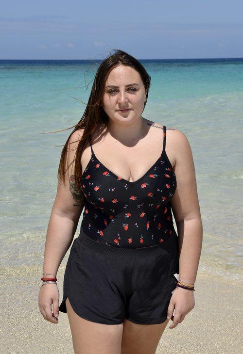 Rocío Flores posa en bañador en la playa de 'Supervivientes 2020'