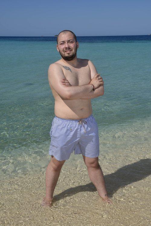 José Antonio Avilés, de 'Supervivientes 2020', posa en bañador en la playa de Honduras