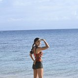 Lara Álvarez en la orilla de la playa en 'Supervivientes 2020'