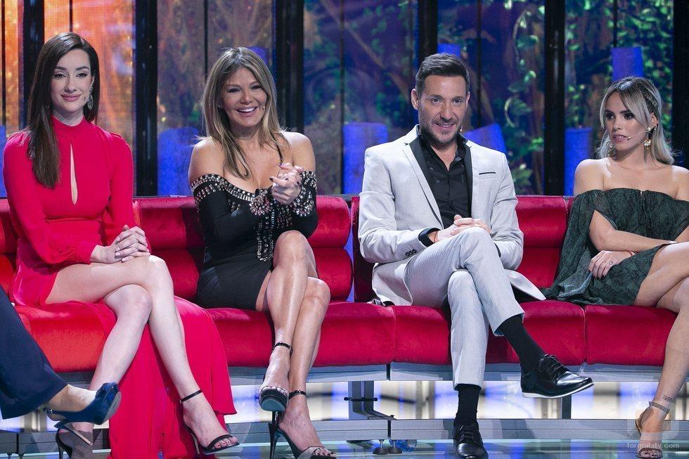 Adara, Ivonne Reyes, Antonio David Flores y Gloria Camila, en la Gala 1 de 'Supervivientes 2020'