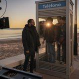 Fernando González Molina en el rodaje de 'Paraíso' en la playa
