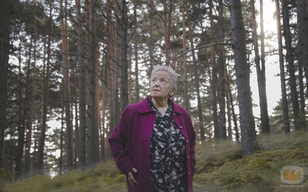 Herminia se pierde en el bosque en el 20x19 de 'Cuéntame cómo pasó'