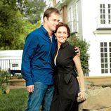 Kyle Bornheimer y Erinn Hayes