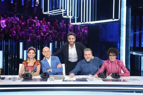 Roberto Leal y el jurado de 'OT 2020' en la Gala 7