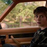 Syd (Sophia Lillis) dentro del coche en 'Esta mierda me supera'