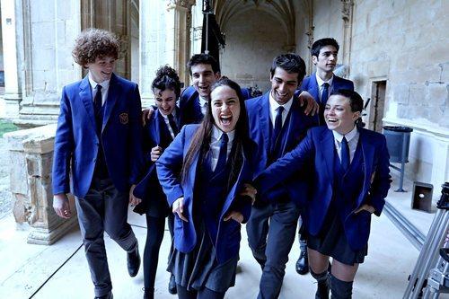 El elenco 'El Internado: Las Cumbres' en la primera jornada de grabaciones