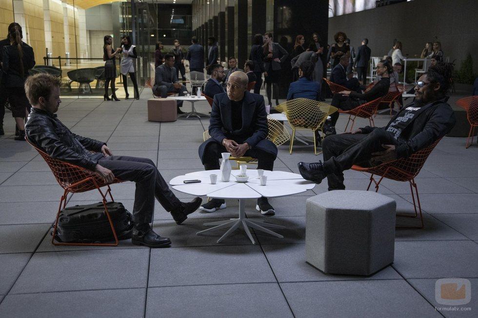 Aaron Paul, Lena Waithe y Marshawn Lynch en la tercera temporada de 'Westworld'