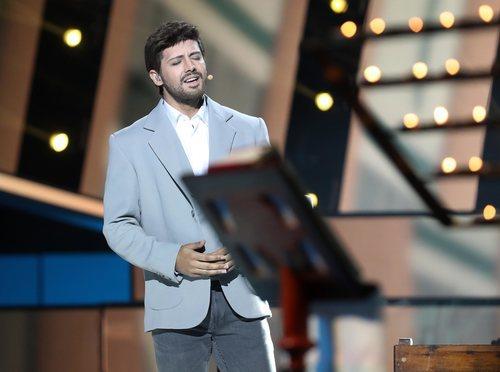 Jorge González es Pablo López en la Gala 9 de 'Tu cara me suena 8'